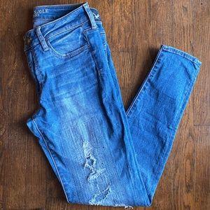 5b412 American Eagle skinny jeans